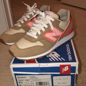 Just like new New Balance 696